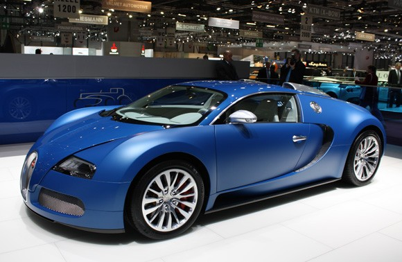Bugatti-blue-centenaire-live_14_opt