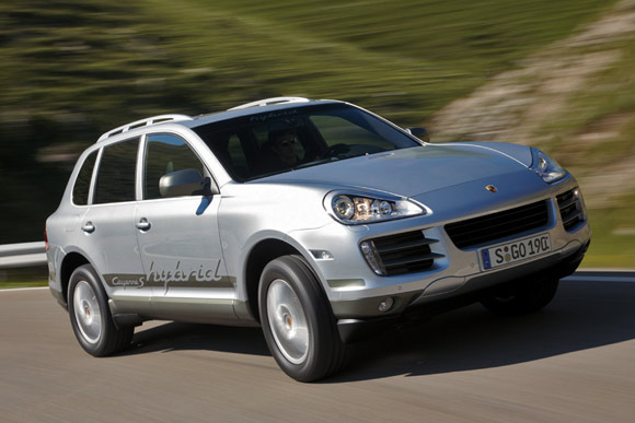 2004 porsche cayenne turbo test drive and new car review. Black Bedroom Furniture Sets. Home Design Ideas