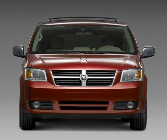 Dodge-caravan-front