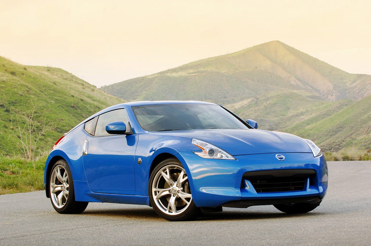 review 2009 nissan 370z photo gallery autoblog. Black Bedroom Furniture Sets. Home Design Ideas