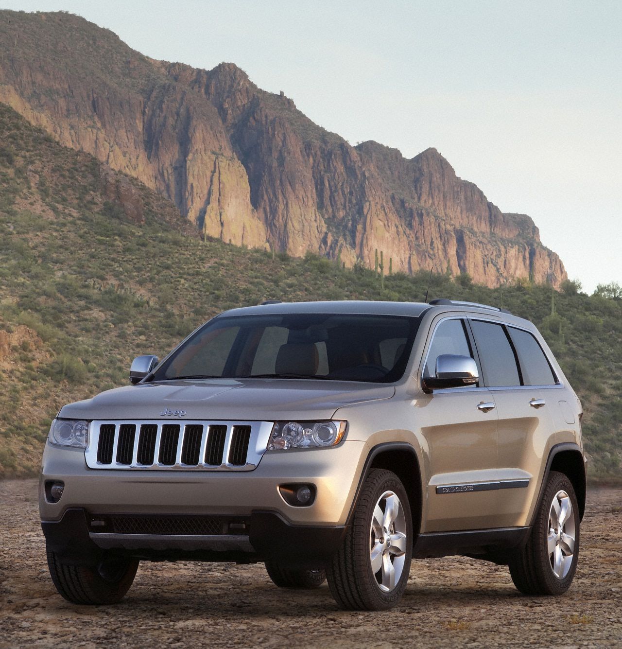 Used Jeeps For Sale In Ny: 2011 Jeep Grand Cherokee Debuts @ NY Auto Show