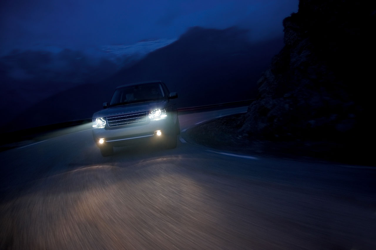 ���� 2010 ������� 11-2010-range-rover-press.jpg
