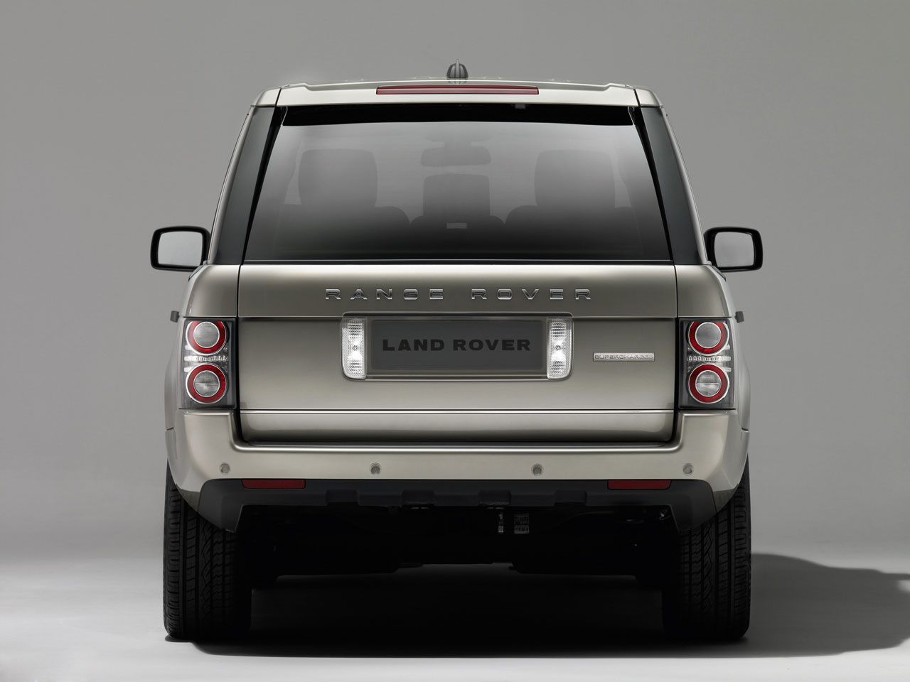 ���� 2010 ������� 13-2010-range-rover-press.jpg