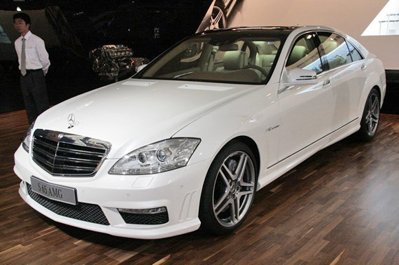 Officially official mercedes benz unveils s63 and s65 amg for Mercedes benz s65 for sale