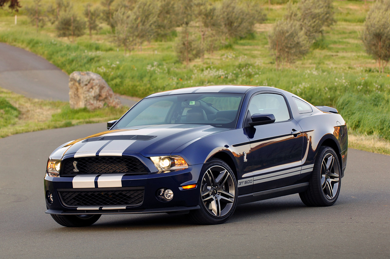 first drive 2010 ford shelby gt500 part 1 photo gallery autoblog. Black Bedroom Furniture Sets. Home Design Ideas