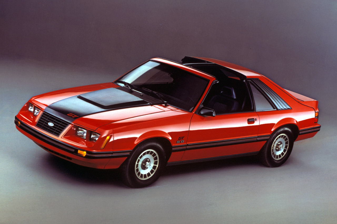 ford mustang 1983 1993 photo gallery autoblog. Black Bedroom Furniture Sets. Home Design Ideas
