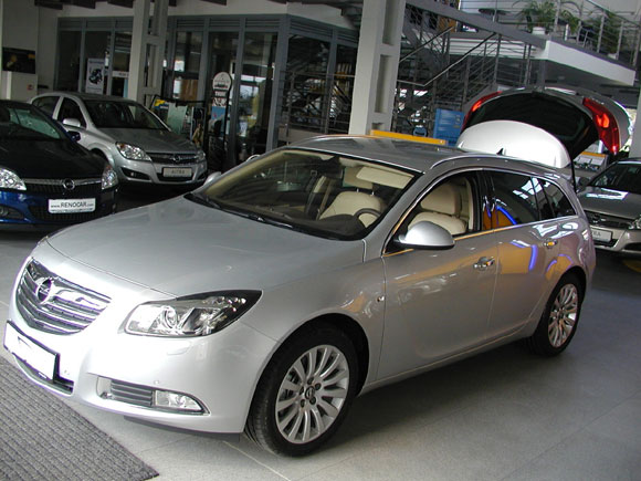 Opel Insignia Tourer. The Opel Insignia Sports