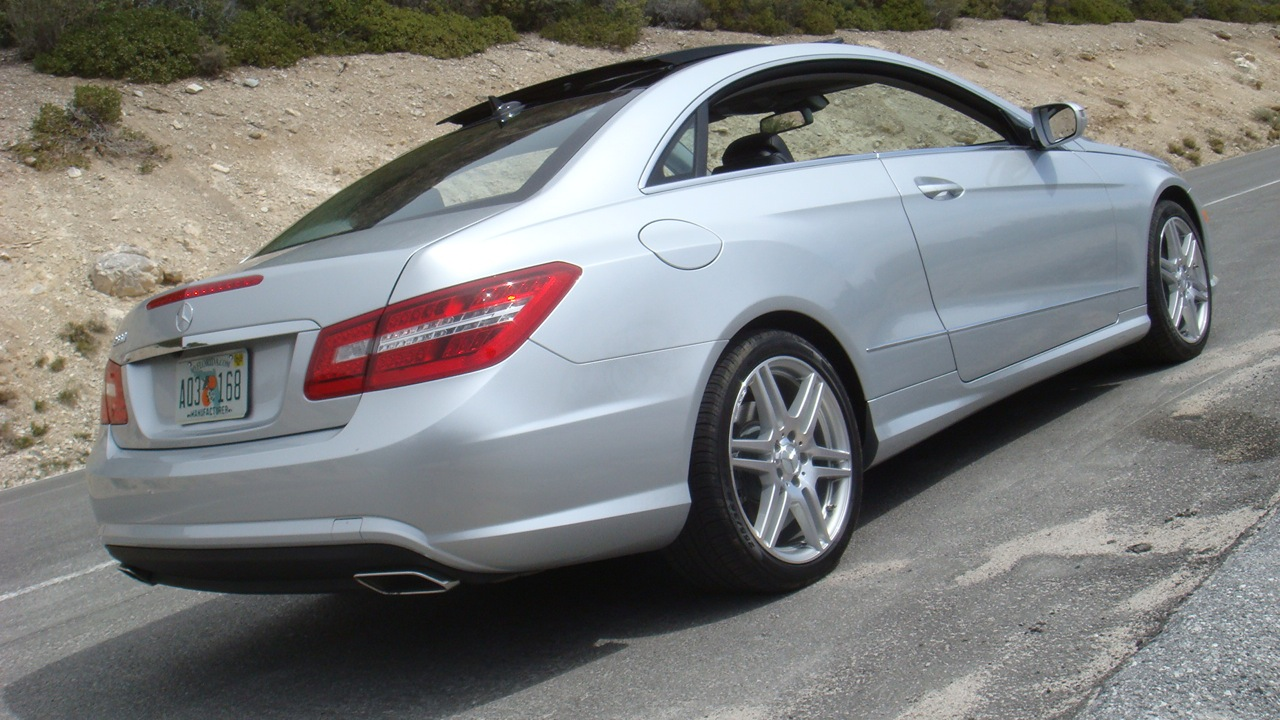first drive 2010 mercedes benz e class coupe photo. Black Bedroom Furniture Sets. Home Design Ideas