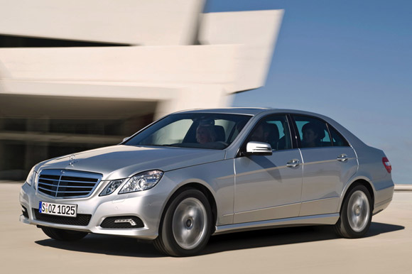 Mercedes slashes nearly 5k off the list price of a new e for Mercedes benz e class price list