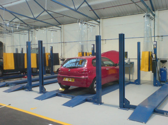 Self Service Garages : Uk entrepreneurs open pit start the country s first self