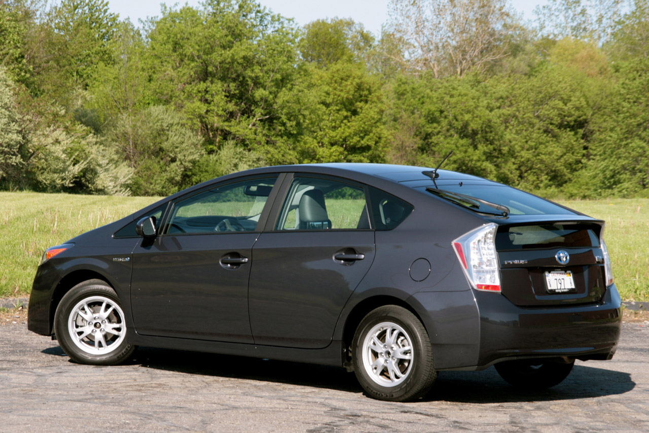 Review 2010 Toyota Prius Photo Gallery Autoblog
