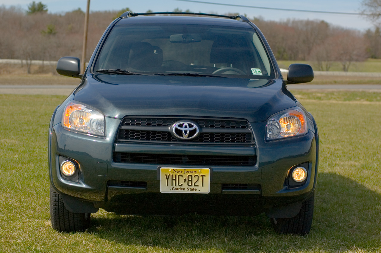 2009 toyota rav4 user manual