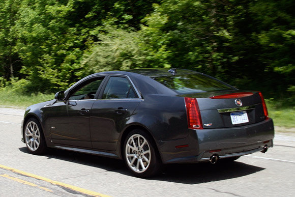 review 2009 cadillac cts v offers supercar performance. Black Bedroom Furniture Sets. Home Design Ideas