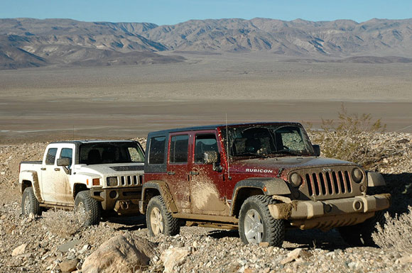 Worksheet. Autoblog Comparo Jeep Wrangler Unlimited Rubicon vs Hummer H3T