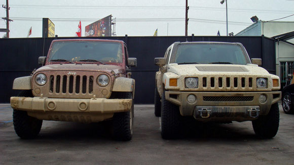 Autoblog Comparo: Jeep Wrangler Unlimited Rubicon vs. Hummer H3T