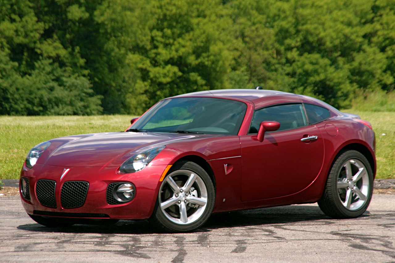Review 2009 Pontiac Solstice Gxp Coupe Photo Gallery Autoblog