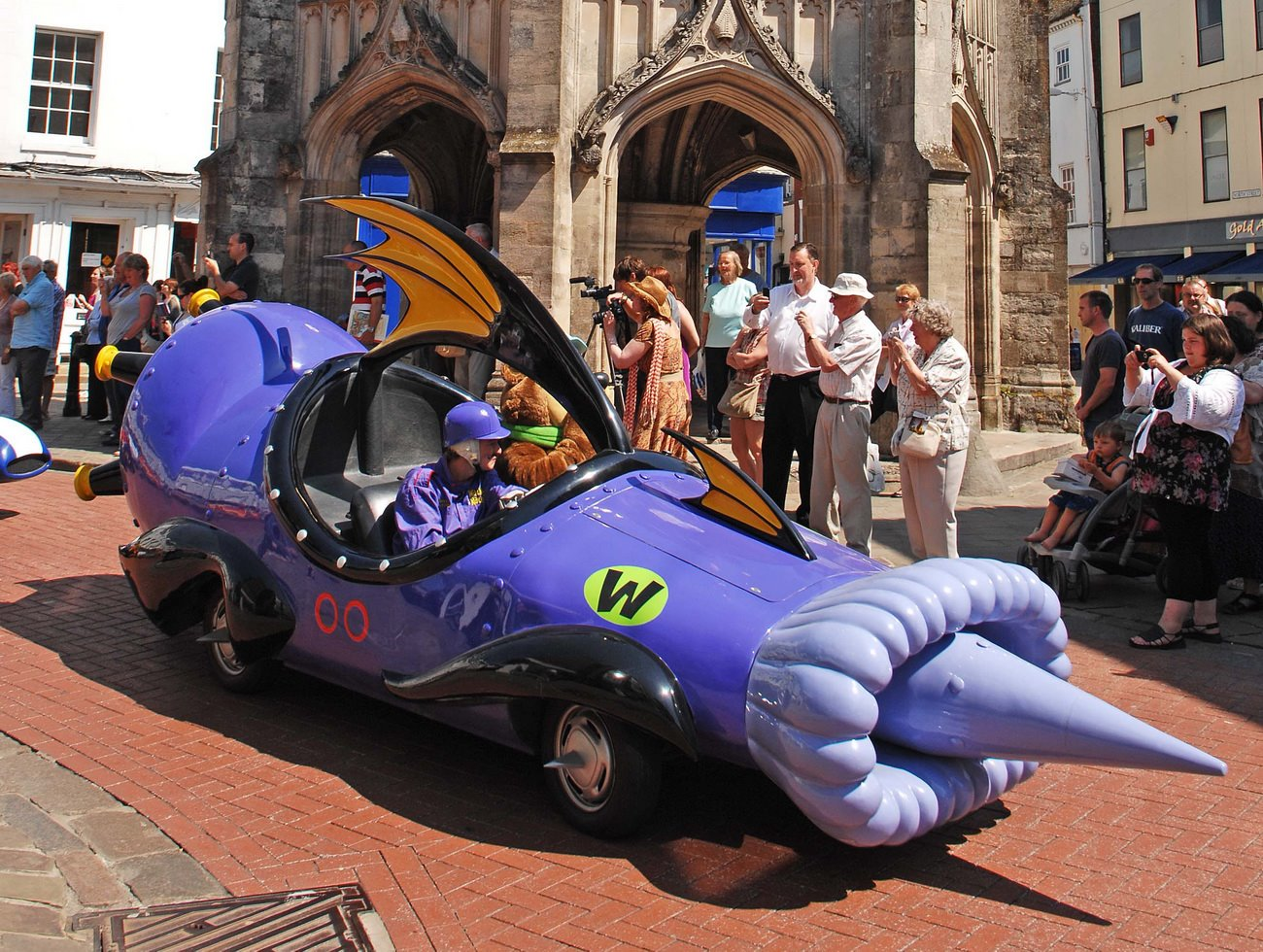 HannaBarbera39;s Wacky Races Cartoon Cars Come to Life in Britain