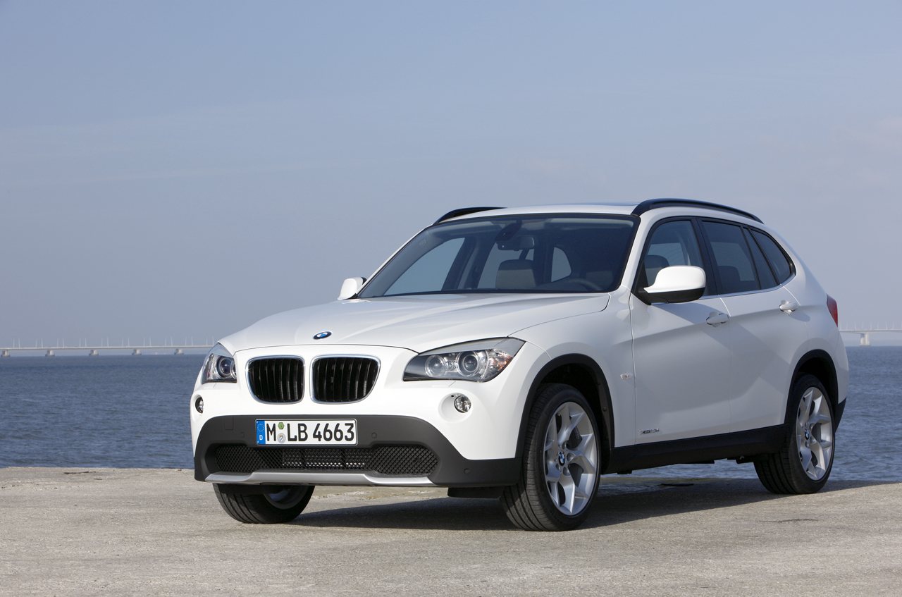 2011 BMW X1 Wallpaper