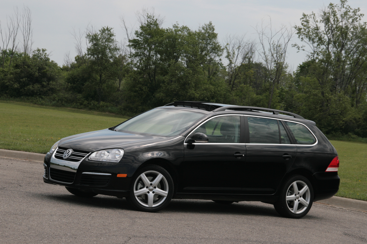 2009 volkswagen jetta tdi sportwagen photo gallery autoblog. Black Bedroom Furniture Sets. Home Design Ideas