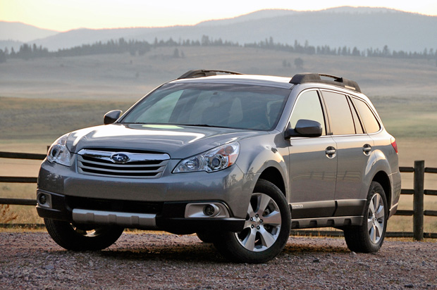 2010outback_review000_opt.jpg