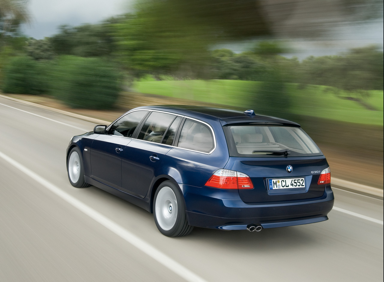 2009 bmw 5 series sports wagon photo gallery autoblog. Black Bedroom Furniture Sets. Home Design Ideas