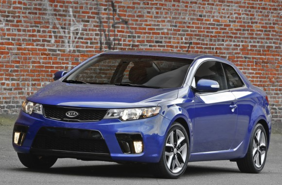 confirmed 2010 kia forte koup will go on sale late summer. Black Bedroom Furniture Sets. Home Design Ideas