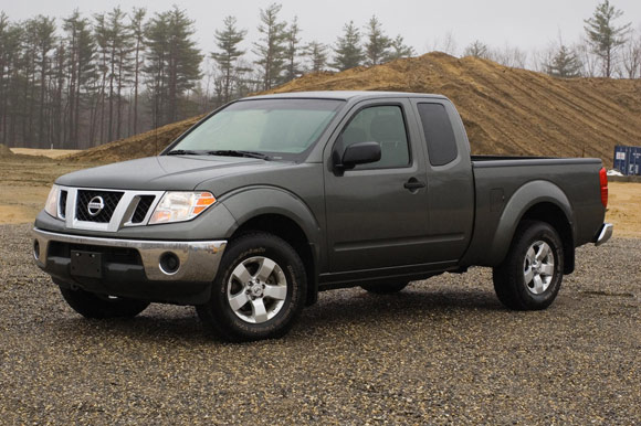 Review 2009 Nissan Frontier Continues To Blaze The Small Truck