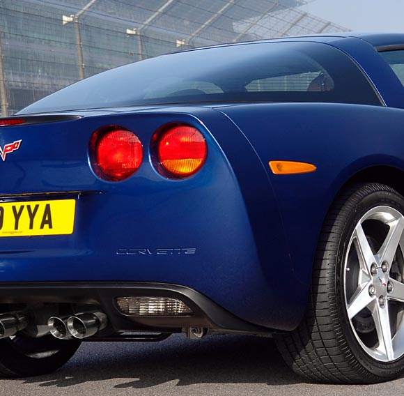 ukdm-chevy-corvette-taillights-580.jpg