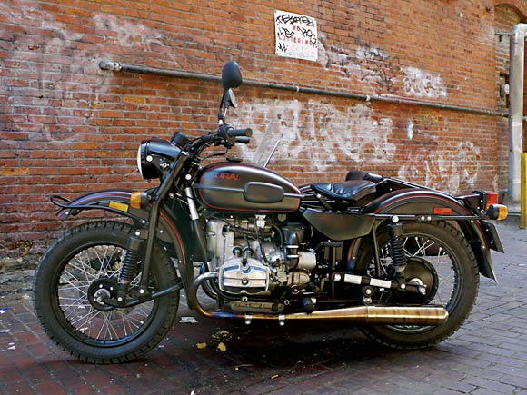Review: 2009 Ural T sidecar motorcycle isn't as retro as it looks ...