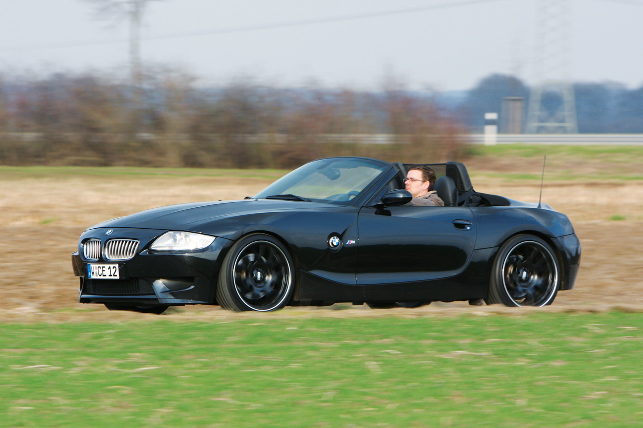Manhart Racing Drops The Bmw V10 Into The Z4 Roadster