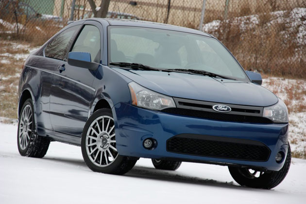 2009-ford-focus-coupe-snow-review-630.jp