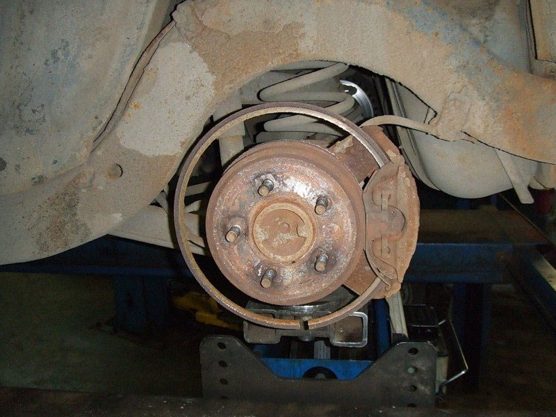 Images Of Bad Calipers : Bad brakes photo gallery auto
