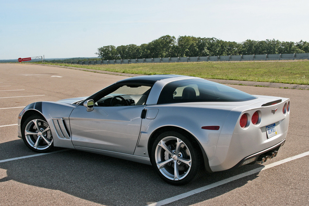 First Drive 2010 Chevrolet Corvette Grand Sport Photo