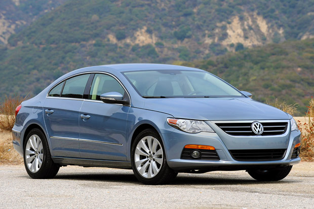 review 2009 volkswagen cc sport is a mid size segment buster. Black Bedroom Furniture Sets. Home Design Ideas