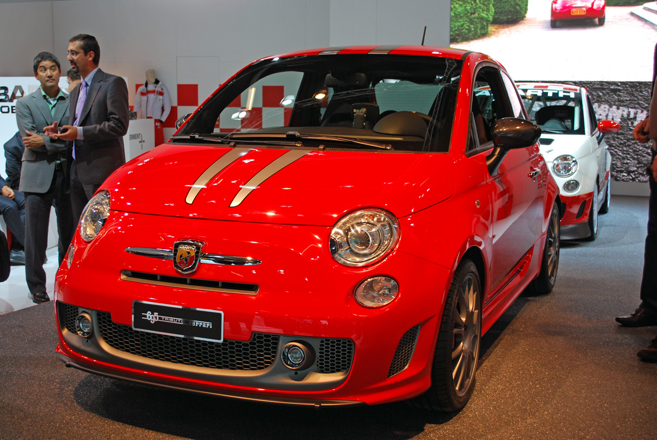 frankfurt 2009 abarth 695 tributo ferrari photo gallery autoblog. Black Bedroom Furniture Sets. Home Design Ideas