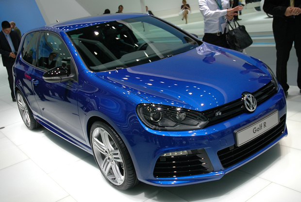 01-vw-golf-r20-live-620op.jpg