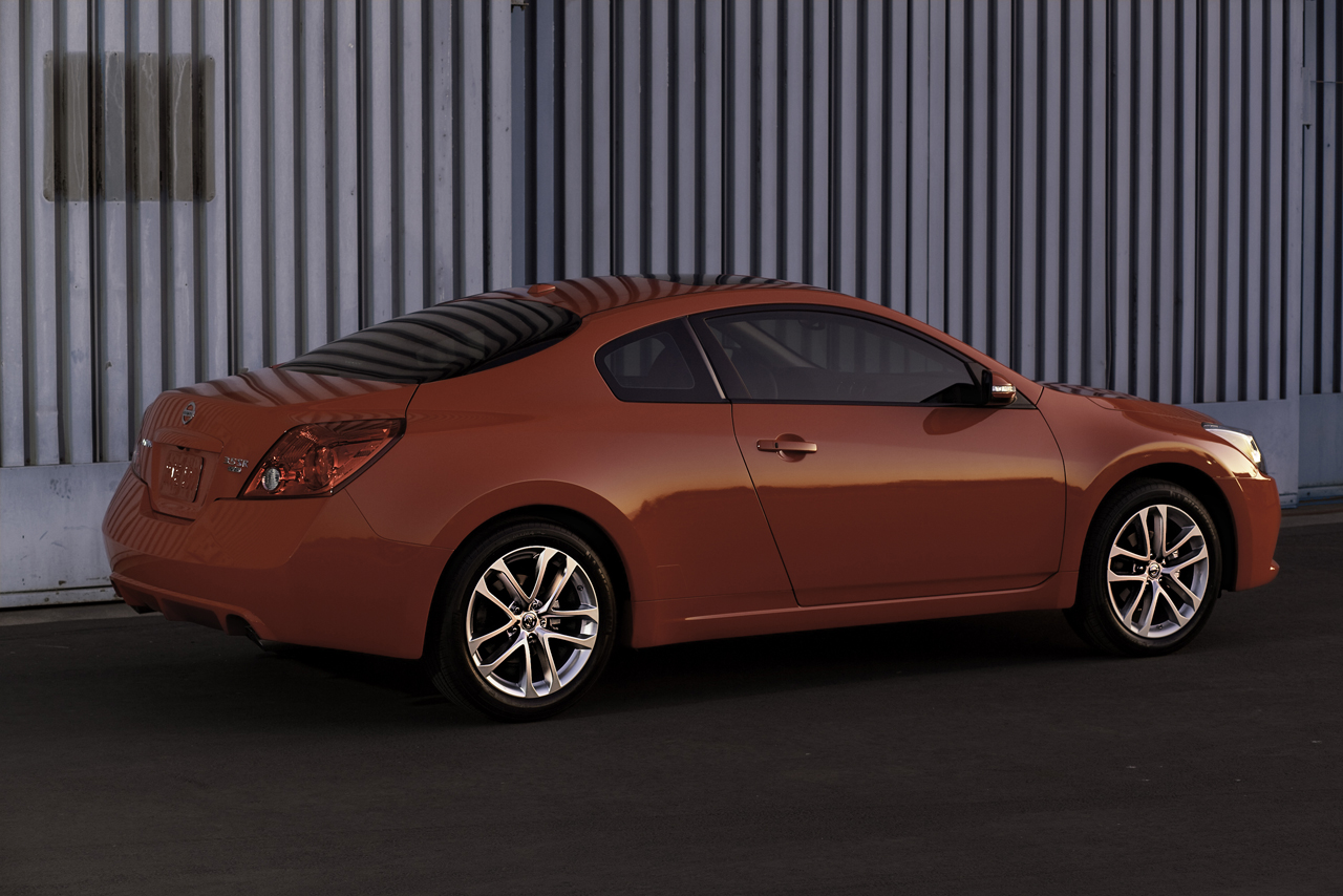 Altima Coupe Dead As Nissan Charts The Changes For 2014 Update Autoblog