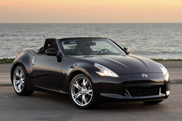 first drive 2010 nissan 370z roadster shrugs off the convertible stigma. Black Bedroom Furniture Sets. Home Design Ideas