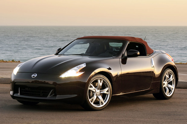 first drive 2010 nissan 370z roadster shrugs off the convertible stigma autoblog. Black Bedroom Furniture Sets. Home Design Ideas