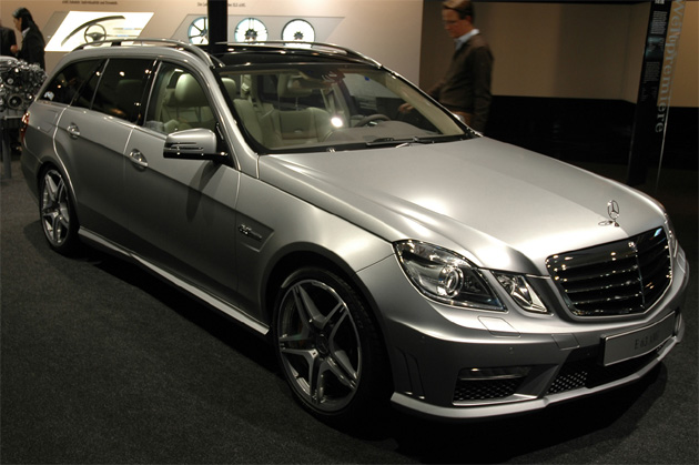 Frankfurt 2009: Lust-worthy Mercedes E63 AMG wagon makes us beg for E63 AMG coupe