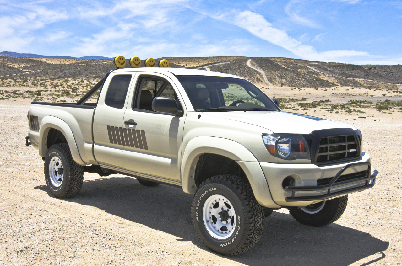 toyota tacoma truck concept bttf truck photo gallery autoblog. Black Bedroom Furniture Sets. Home Design Ideas