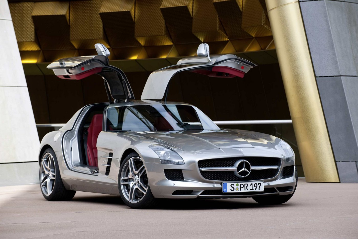 mb-sls-amg-gullwing-large_16