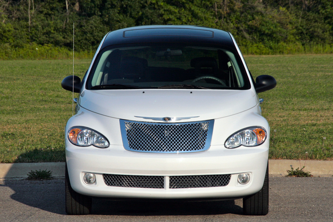 review 2009 chrysler pt cruiser photo gallery autoblog. Black Bedroom Furniture Sets. Home Design Ideas