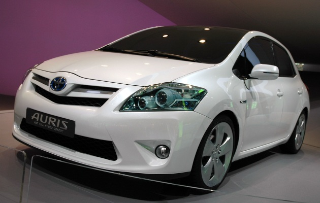 frankfurt 2009 toyota auris hsd full hybrid concept needs a shorter name. Black Bedroom Furniture Sets. Home Design Ideas