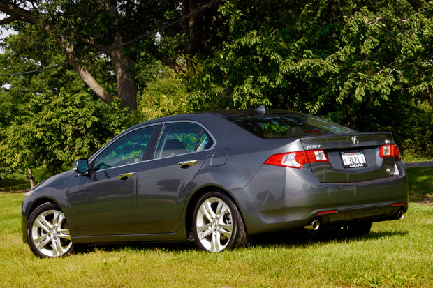 Review Acura TSX V Sacrifices Twisties For Longhaul Cruising - Acura tsx rims 18