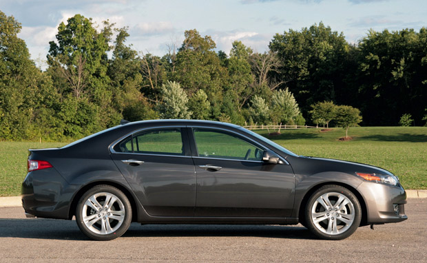 Review 2010 Acura Tsx V6 Sacrifices Twisties For Long Haul Cruising