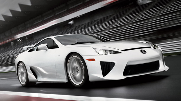 02-lexus-lfa-press-620op.jpg