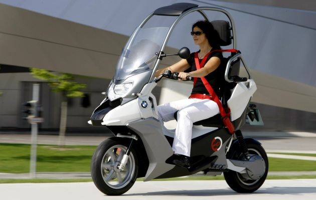 BMW previews its vision of a safer city scooter with C1-E concept