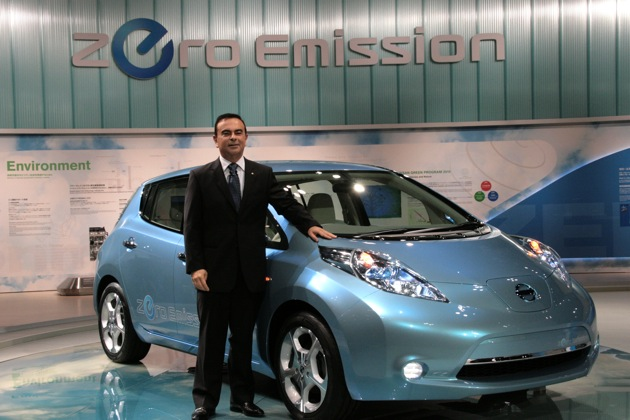 Nissan CEO Carlos Ghosn with Leaf EV