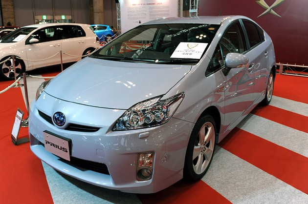 Toyota Prius claims Japan Car of the Year title